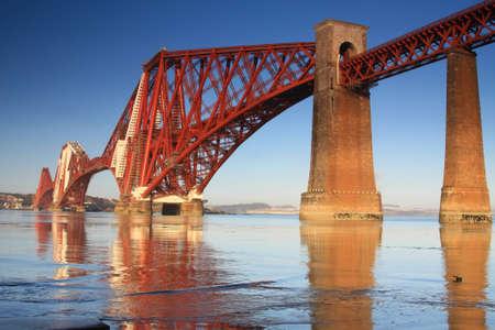 edinburgh: Forth Rail Bridge, South Queensferry, Scotland