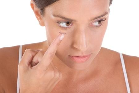 lentes contacto: mujer, poniendo en lentes de contacto