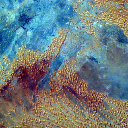 地球宇宙から平面図です。