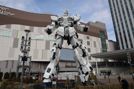 Unicorn gundam winter front side 新聞圖片