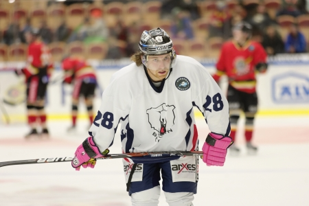 Claude Giroux (November 23, 2012) playing for Eisb�ren Berlin against Lule� Hockey, in COOP Arena (Lule�, Sweden).