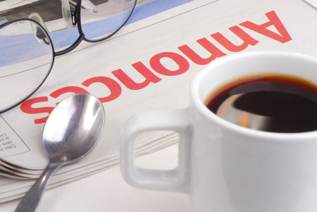 Coffee cup and small ads 스톡 콘텐츠