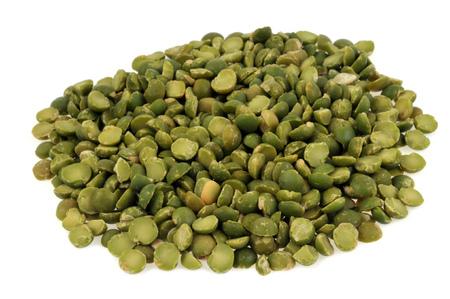 Broken peas in bulk