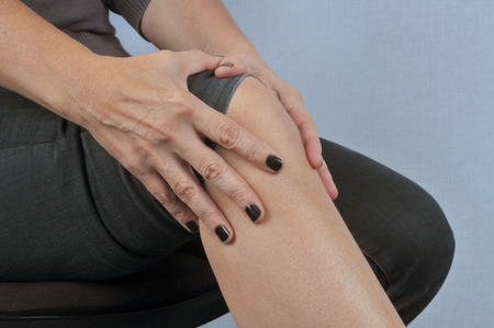 Rheumatism knee Banque d'images - 106232268