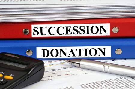 Estate and donation files Standard-Bild - 106232305