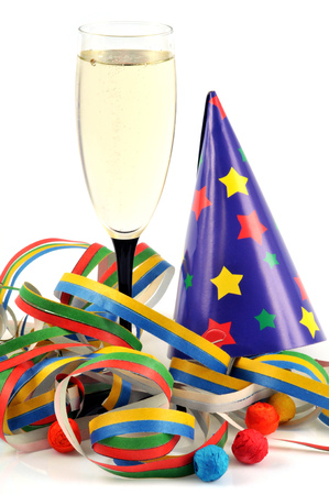 Champagne and party favors Banque d'images - 114825347