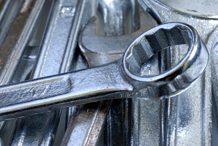 Clamping wrench