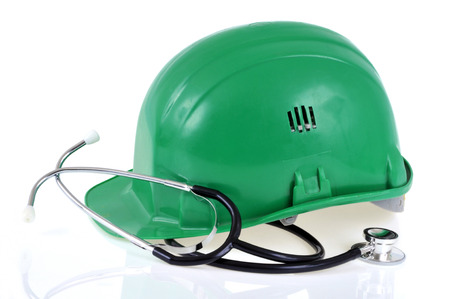 Construction helmet and stethoscope Banque d'images