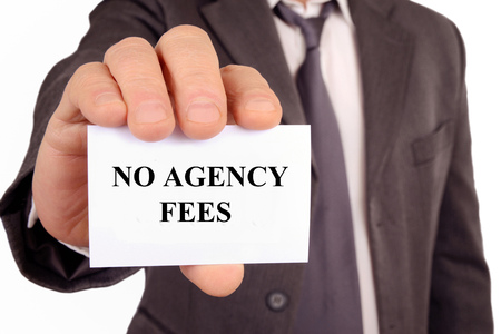 Man holding a card with no agency fees