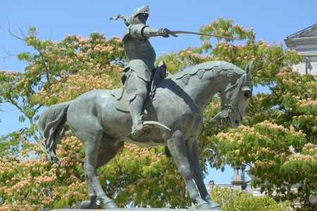 Statue of the knight of Richemont in Vannes in Brittany Editorial