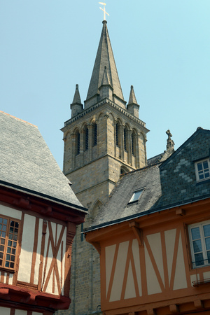 Cathedral of Vannes and half-timbered house