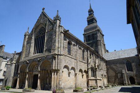 Basilica of Saint-Sauveur in Dinan in Brittany Фото со стока