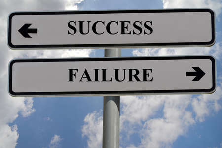 Signs indicating success and failure Imagens