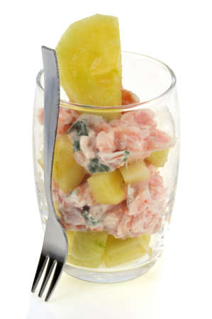 Verrine with cucumber and salmon close-up on white background Banque d'images