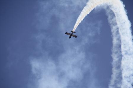 maneuver: A Team Rocket single engine plane in a Loop maneuver.