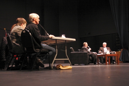 incumbent: Panel Listens to Mayoral Debate