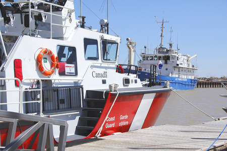 lake winnipeg: A Canadian Coast Guard vessel used for search and rescue assignments on Manitobas Lake Winnipeg. Editorial