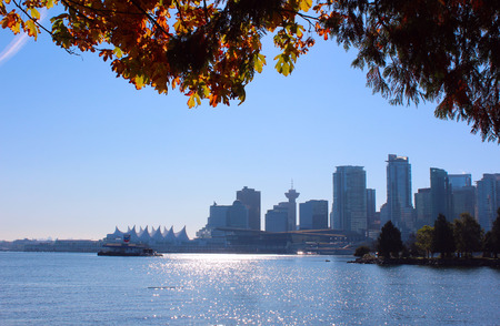 the mainland: Downtown Vancouver, British Columbia, Canada and its business district.