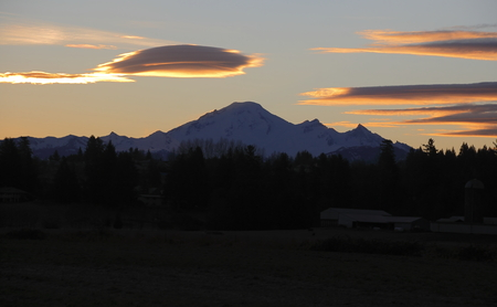 mount baker: Early morning and the sun is about to appear behind Washingtons Mount Baker. Stock Photo