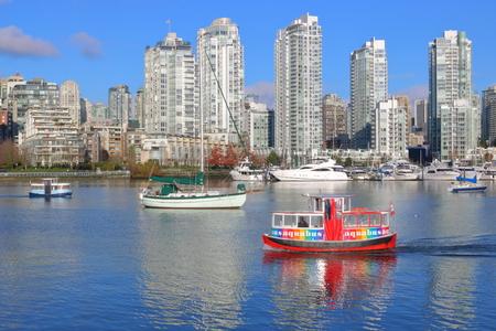 Private Zeilboten in False Creek Vancouver Redactioneel