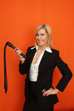 herrin: Frau mit Leder-Peitsche
