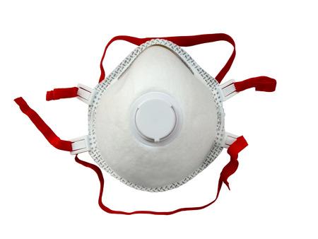 elementos de protecci�n personal: Respirador industrial con v�lvula protege contra el polvo aislado en fondo blanco Foto de archivo