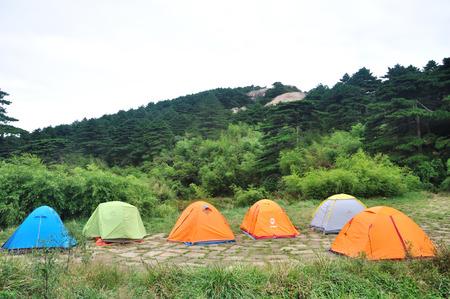 lodgings: Camping Editorial