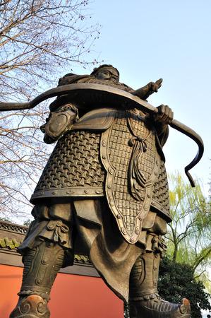 wang: Bronze statue of Qian Wang