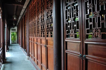 portones de madera: Puertas de madera