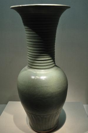 twined: Longquan twined peony vase