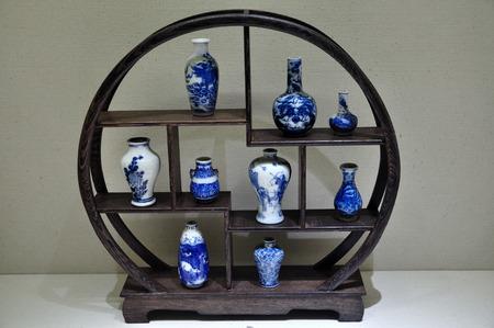 Jingdezhen porcelain kiln vial