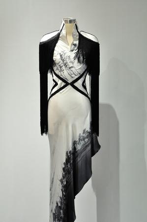 womens clothing: Womens clothing