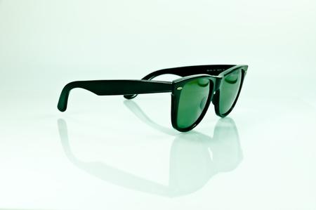 eyewear: sunglasses wayfarer style old school vintage style