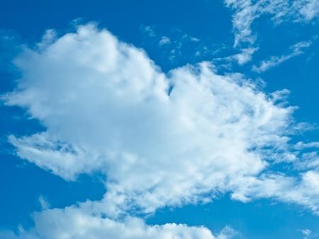 The Cloud and blue sky looklike heart