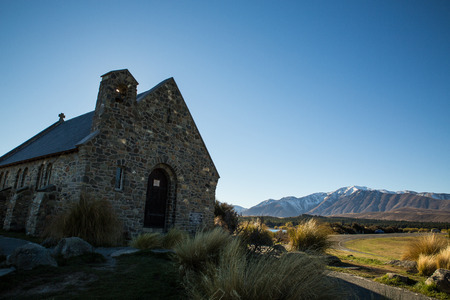 tekapo: THE CHURCH OF THE GOOD SHEPHERD LALE TEKAPO