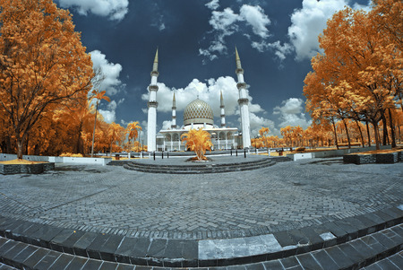 shah: View in Infrared of Sultan Salahuddin Abdul Aziz Shah Mosque.