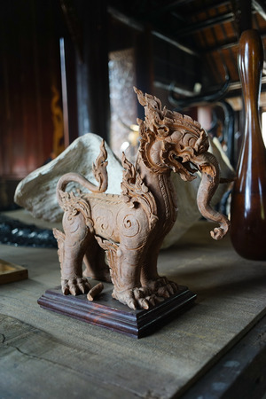 skillfully: Thai Kocha Singa Sculpture in Chiang Rai Stock Photo