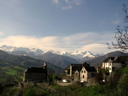 pyrenees: sky, pyrenees and arrout
