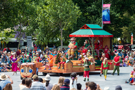 credit union: Adelaide, South Australia - November 14, 2015: Grandpa's Christmas Workshop at Credit Union Christmas Pageant 2015. Christmas Pageant is a community event with fantasy and fairy floats, colourful characters, clowns, bands, dancers and more! Editorial