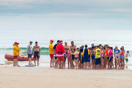 Adelaide, South Australia - December 19 , 2015: Santa came to Moana Beach to wish a Merry Christmas to all kids there. 報道画像