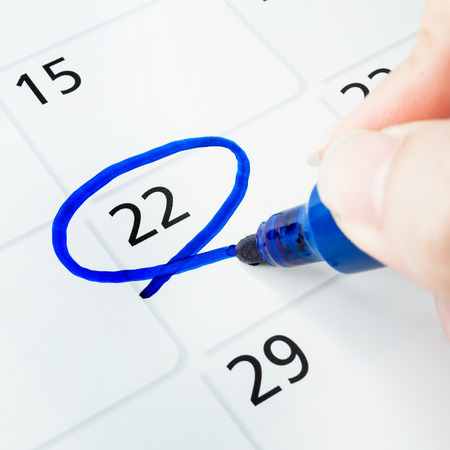 Red circle. Mark on the calendar at 22. Stock Photo - 23214699