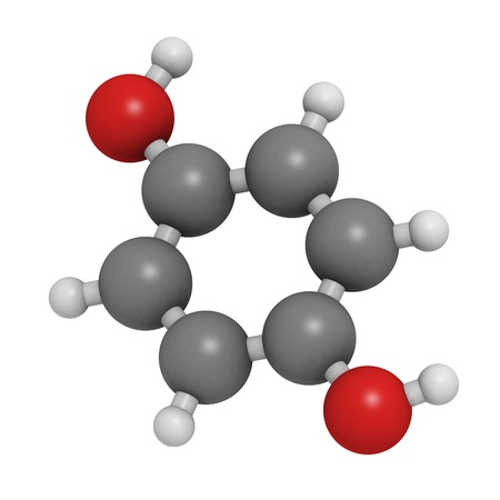 lightening: Chemical structure of a molecule of hydroquinone (quinol), a compound used for skin depigmentation (lightening).