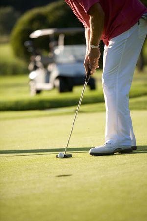 jouer au golf sur une belle journ�e ensoleill�e de golfeurs Banque d'images