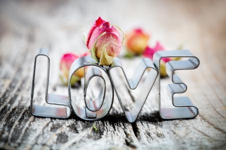 Śliczne małe foremki do słowa miłość Zdjęcie Seryjne