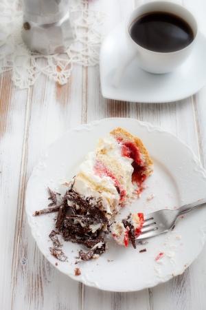 stracciatella: Strawberry stracciatella cake with chocolate curls on top Stock Photo
