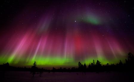 フィンランドのラップランドの美しいオーロラ 写真素材