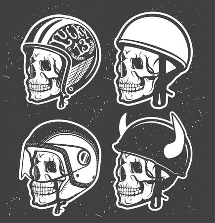 klubok: Motorkerékpár Tematikus kézzel rajz sisak koponya. Illusztráció