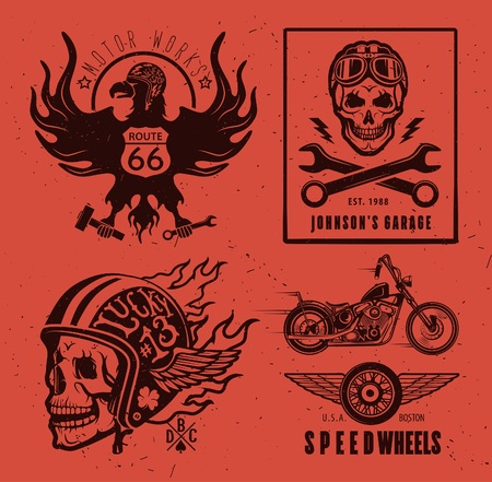 casco moto: Conjunto de etiquetas de motocicletas de época, escudos y elementos de diseño