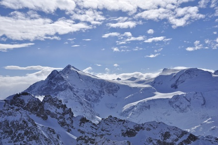 snow mountains on the view from top titlis Stock Photo - 12364105