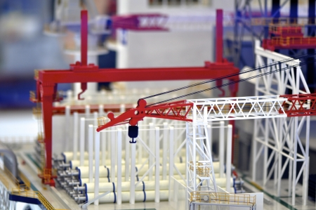 steel working platform model in red and white